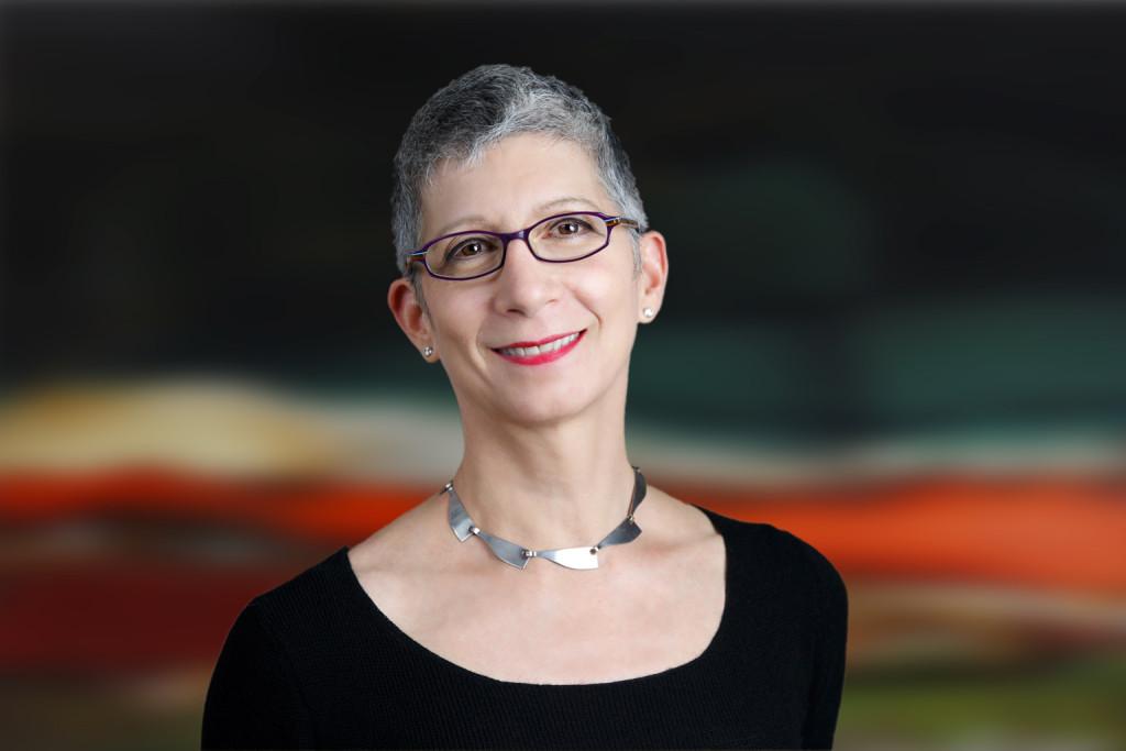Lisa Dubrow headshot